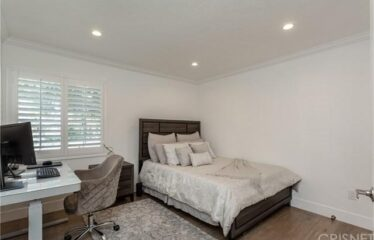 Newly Remodeled 4 Bedroom