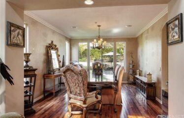 Beautiful 5 Bedroom in Prestigious Gated Community