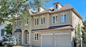 2 Storey Detached Home in Immaculate Condition