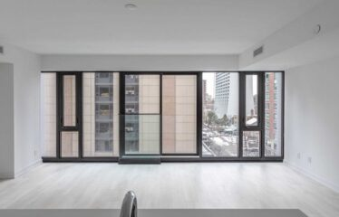 The Heart Of Yorkville With Incredible City Views.