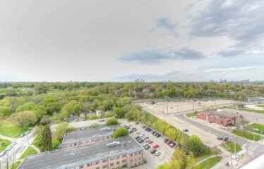 Stunning Lake And City Views In This New LakeShore Condo
