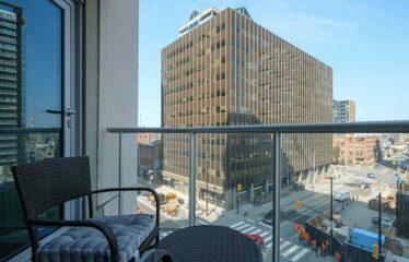 Corner Suite In The Heart of Ottawa