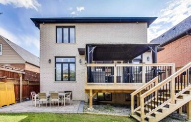 Magnificent Custom Built Home In Topham Park