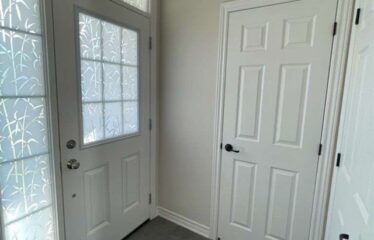 Beautiful 4 Bedroom End Unit Townhome