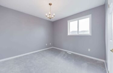 Fully Finished Home In South Barrie Neighborhood