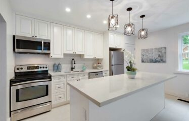 Stunning, Bright, And Spacious 2 Storey Family Home In Owen Sound