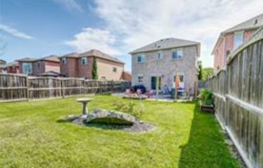 Beautful Family Home in Innisfil
