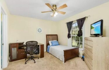Well Maintained Spacious 3 Bedroom