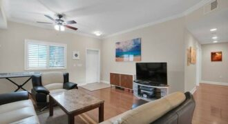 Bright 3 Bedroom In Gated Community In Southside Jacksonville