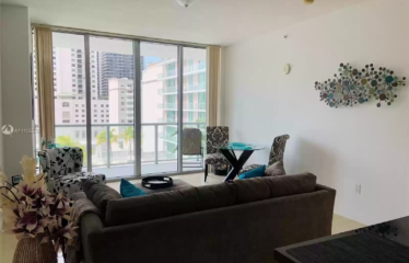 Miami 1 Bed 1 Bath With City View