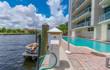 The Charm of Miami By the Cove